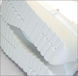 invina インビナ  iv4452wt  ホワイト 左画像 底の画像