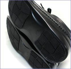 プッツ  put's靴 pt8480bl  ブラック  底の画像
